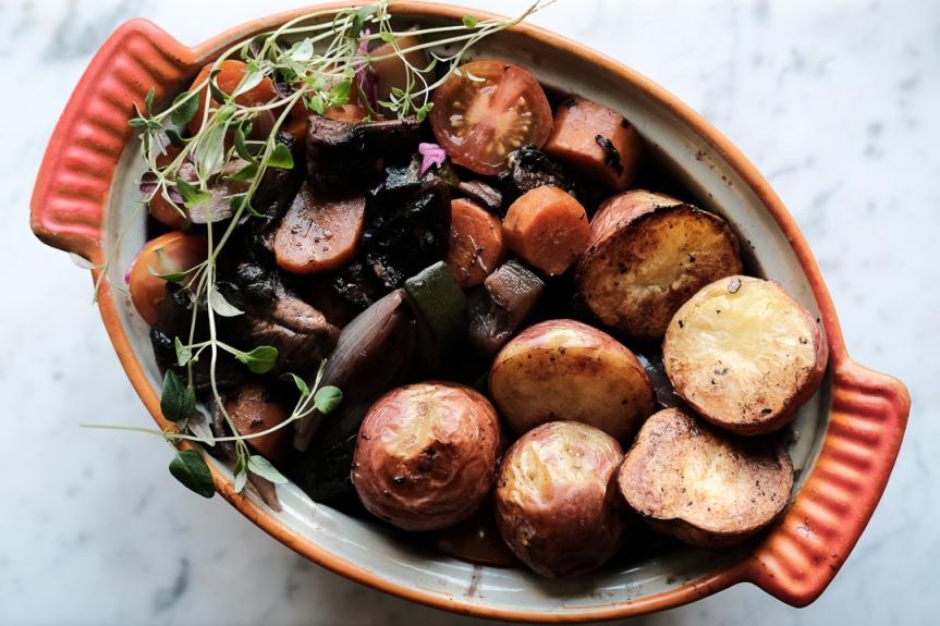 Vegan mushroom beoufbourguignon